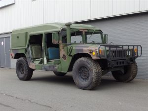 AM General HMMWV Hummer H1 Helmet Top 1986 (Rare Model & Powerful Car)