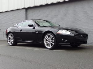 Jaguar XK 4.2L V8 2006 (Sportive Coupe & Very Presentable)