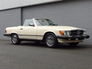 Mercedes 560 SL 1988 (Dry California Import & Perfect Runner)