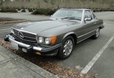 Mercedes 560 SL 1986 (Beautiful Condition & Nice Color Combination)