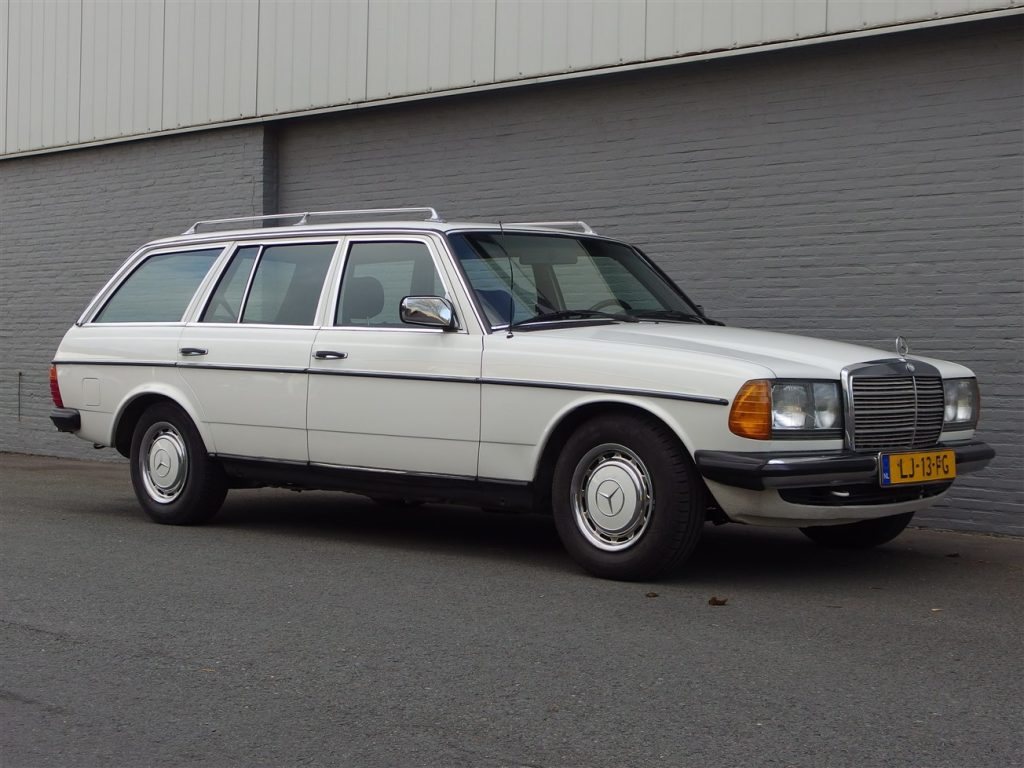Mercedes 200 T 1984 (Strong Car & Classic Estate)