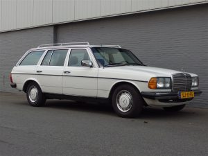 Mercedes 200 T 1984 (Strong Car & Classic Estate)