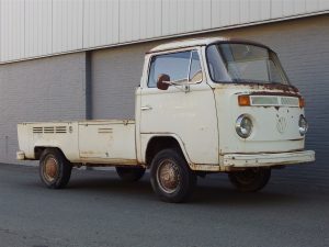Volkswagen T2 Pick Up 1974 (Very Original Condition & True Barn Find)