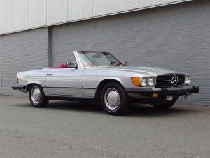 Mercedes 450 SL 1976 (Vintage Color Combination & Strong Driver)