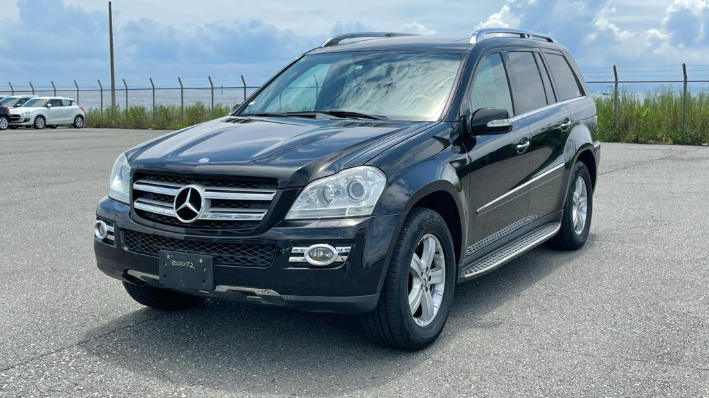 Mercedes GL550 2007 (Comfortable SUV & 7 Seats)